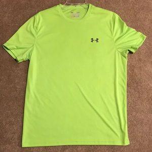 Men's size Large UA heat gear shirt